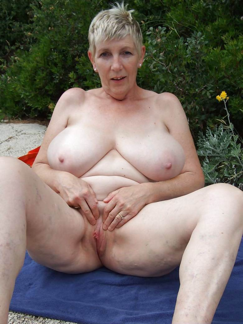 granny-big-boobs248.jpg