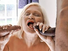 Busty mature lady that surely can handle even more than one cock